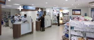 Farmacia moderna; in aeroporto basterebbe meno spazio