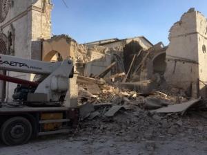 """Ricostruzione/Umbria: al fuorisalone di Milano incontro """"la Basilica di San Benedetto"""""""