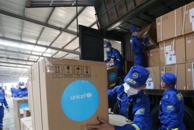 Coronavirus: l'Unicef in prima linea (dona per l'Italia); inviato materiale per personale sanitario.