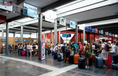 """Aeroporto: promozione in Sviluppumbria; a fine ottobre il PEG-Milano-Linate e nel 2020 per Rotterdam. A chi vince la sfida elettorale: """"investire nello sviluppo"""""""