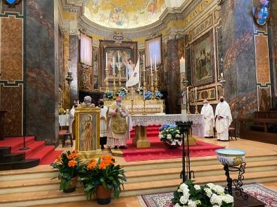 Cardinale Bassetti conclude celebrazioni pasquali nella concattedrale di Città della Pieve.