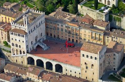 """Preparativi per mostra """"Gubbio al tempo di Giotto...Tesori..."""" 7 luglio - 7 ottobre"""