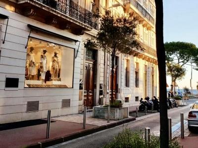 A Cannes nuova sede boutique
