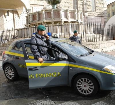 Controlli antidroga della GDF Perugia nei pressi discoteche e centri aggregazione giovani