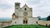 Concerto di Natale dei frati di Assisi: Jose' Carreras. Padre Forntato, la musica per abbattere rabbia e imbarbarimento società